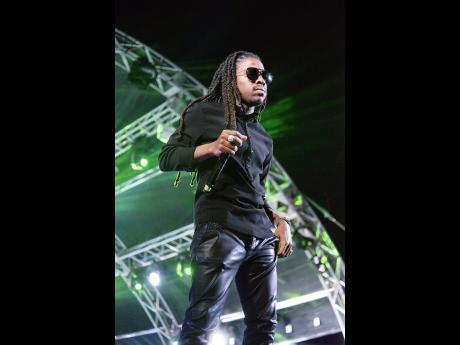 Dancehall and reggae artiste Jahmiel pulls massive crowd in Gambia 1
