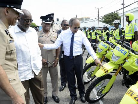 Jamaican Cops reject $122 per day salary increase 1